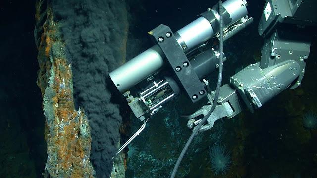 Origin of massive methane reservoir identified
