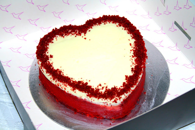 Valentines Day with Hummingbird Bakery