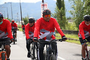 Olly-Steven Fun Bike Hingga Tebar Benih Ikan di Danau Tondano