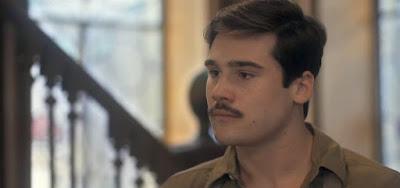 Alfredo (Nicolas Prattes) vai se interessar pela prima nos próximos capítulos de Éramos Seis