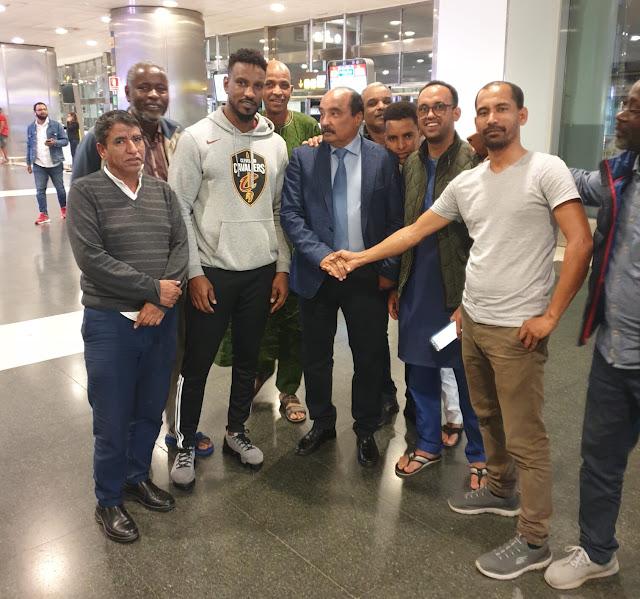 لاس بالماس : وصول ولد عبد العزيز و القنصلية تستقبله في المطار..صور خاصة