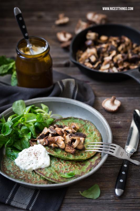 Gesunde Pfannkuchen Rezept mit Dinkel, Spinat und Pilzen