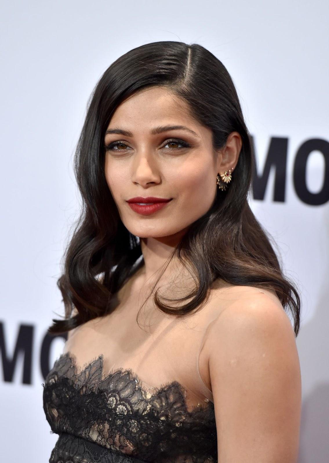 Welcome to Indian Bollywood Beauty: Slumdog Millionaire ...