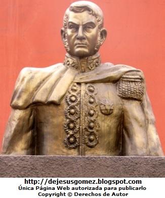 Foto del busto de José de San Martín (Vista delantera) por Jesus Gómez