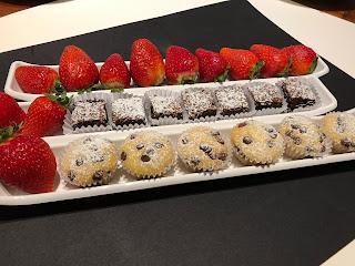 Cóctel a domicilio pastelitos cumpleaños evento banquetería