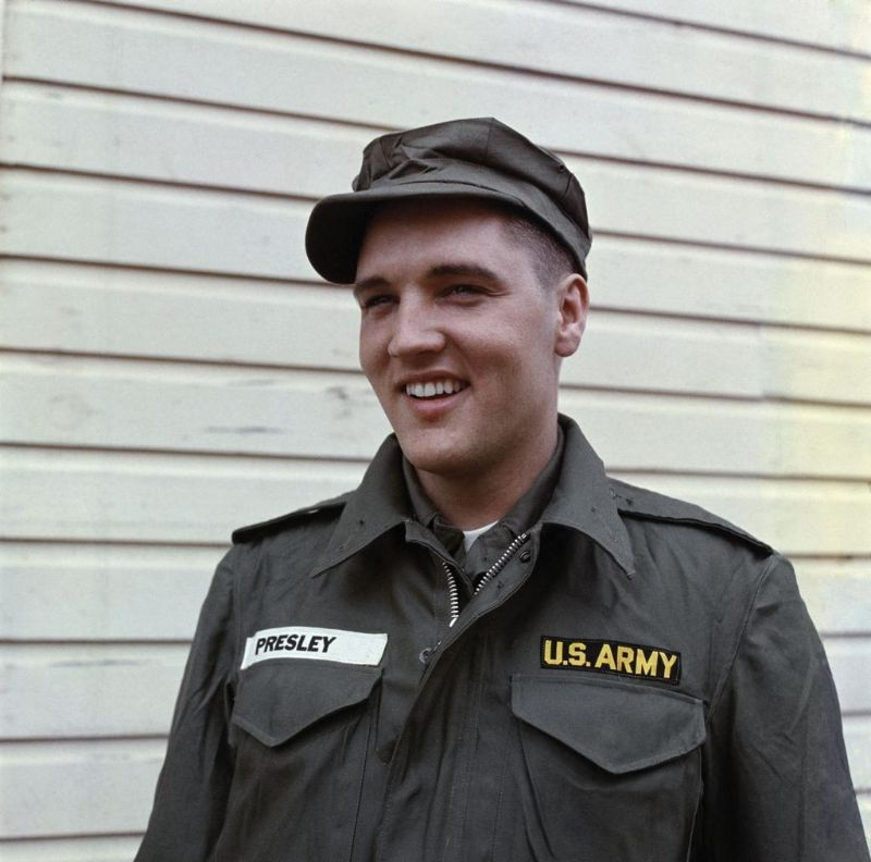 Cool Pics of Elvis Presley While Serving in the U.S Army From 1958-60