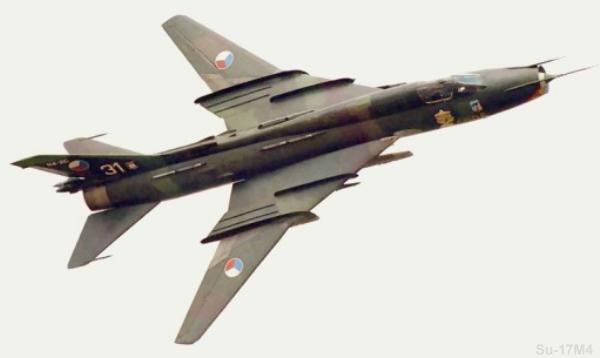 Sukhoi Su-22 M4 / 17 M4 «Fitter K» Avião de caça (UAC-KnAAPO)