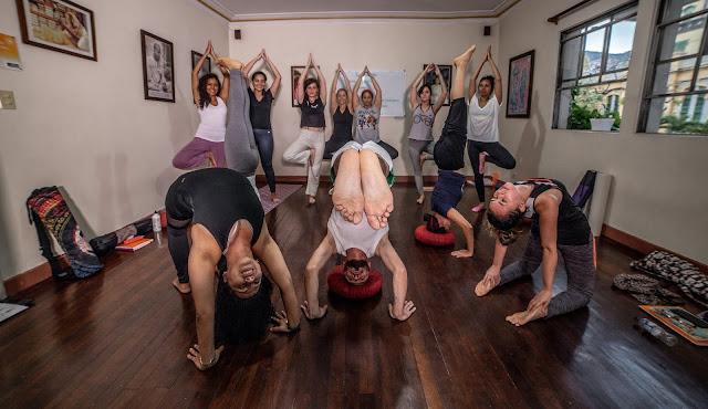Formación Yoga 200 Hrs