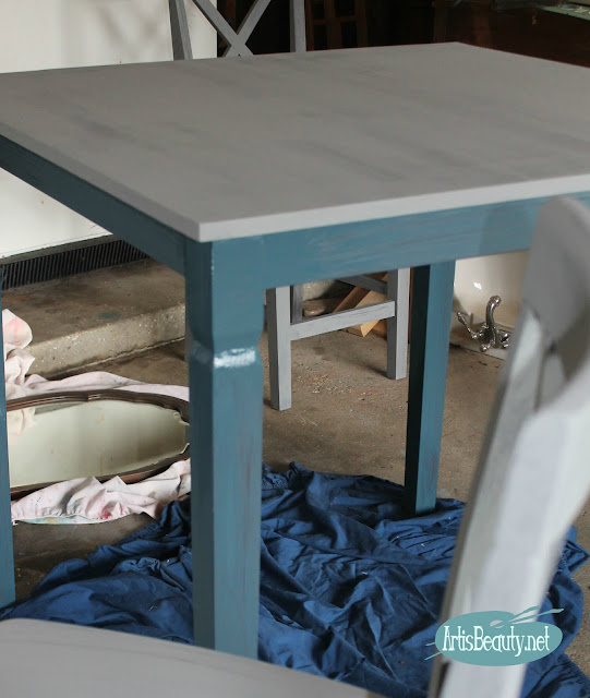 mineral painted custom color wet blend paint fixer upper diy farmhouse funky bar height table makeover