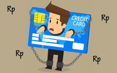 Cara melunasi utang kartu kredit yang menumpuk
