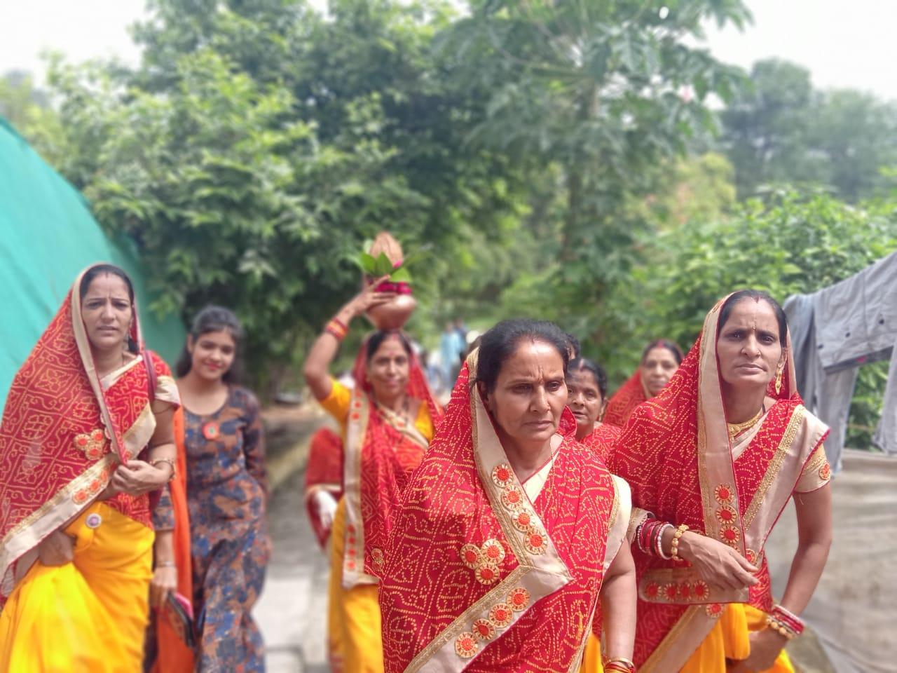 jhabua news- varun saptami arora samaj jhabua-भक्ति एवं श्रद्धा के साथ अरोडा समाज ने मनाई वरूण सप्तमी