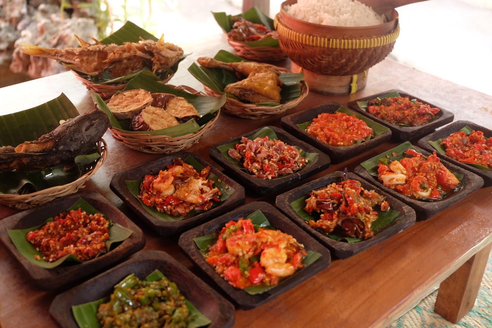 Tempat Makan Sambal Khas Bali Enak Murah Nyaman Di Denpasar Nasi Bandeng Presto Box By Susenopresto Semua Menu Dsambal Halal Harga Mulai 2000