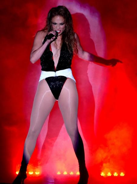 Jennifer Lopez HOt Booty Smoking Hot Pics Performing at American Music Awards in LA