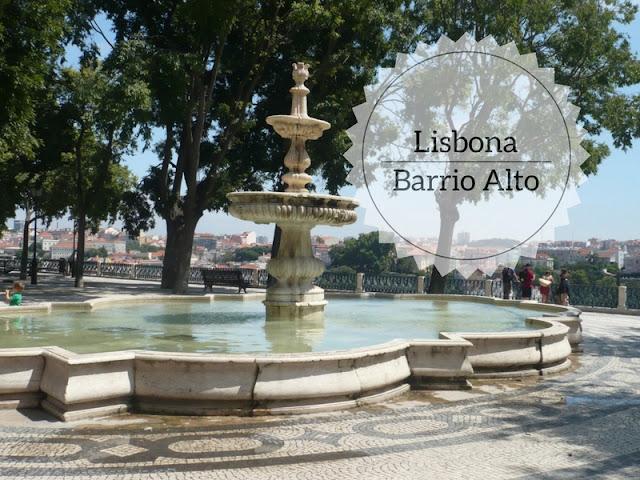 Cosa vedere nel Barrio Alto a Lisbona. Fontana del Miradouro de San Pedro de Alcantara