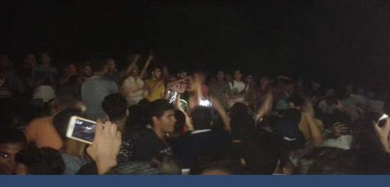 """تظاهر طلبة الثانوية لرفض الغاء امتحان الديناميكا مطالبين وزير التعليم بالاستقالة """" ارحل يافاشل """""""
