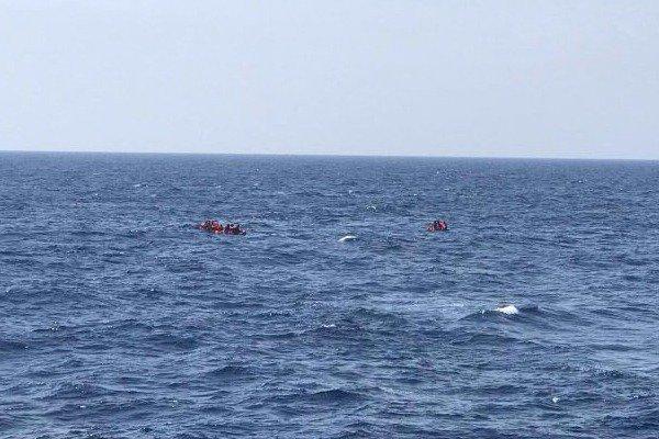 Νέα τραγωδία με τουλάχιστον 34 μετανάστες νεκρούς στην Μεσόγειο