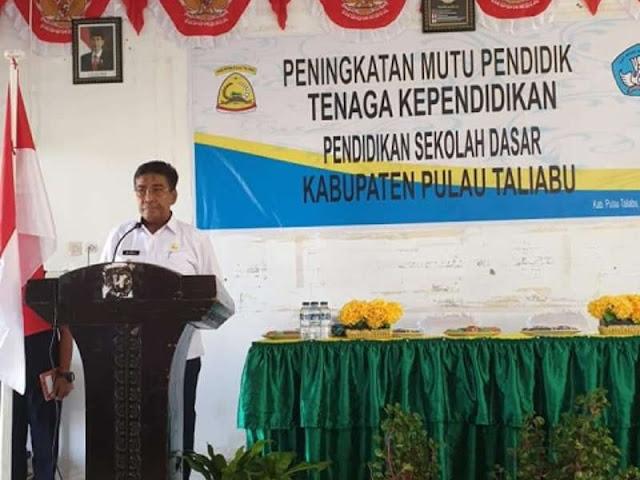 Ramli Buka Kegiatan Peningkatkan Mutu Pendidik Sekolah Dasar di Pulau Taliabu