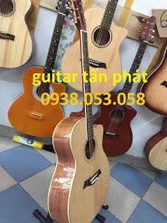 102404032 1922589361207281 2789732259004354017 n Bán đàn guitar giá rẻ tại cửa hàng guitar tấn phát