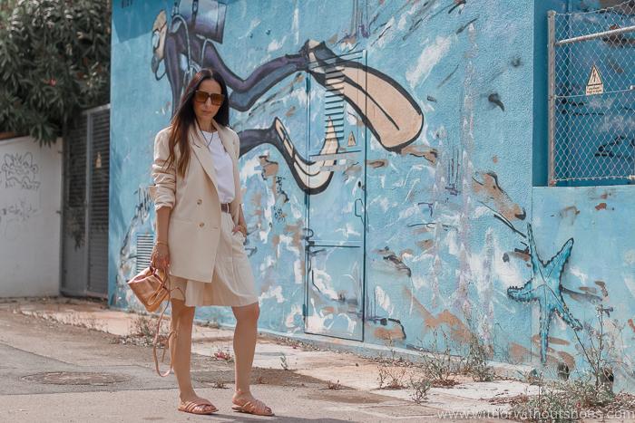 Tendencias streetstyle de verano: Traje con bermudas de zara y sandalias acolchadas Camilas