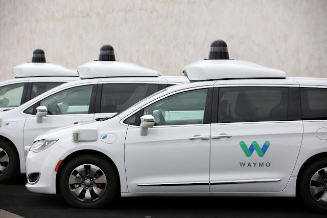US की Waymo कंपनी ने गुरुवार को Phoenix  शहर में लांच की एक सेल्फ-ड्राइविंग कार Service