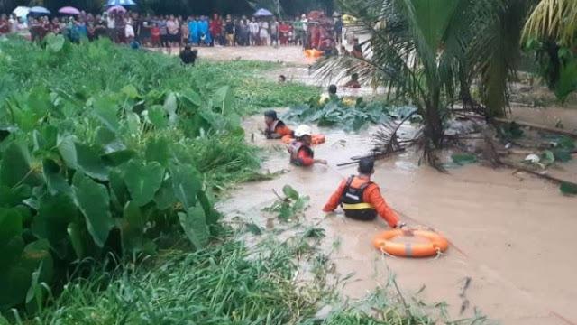 Dua Balita Dilaporkan Tewas akibat Banjir di Padang