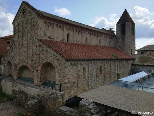 Esterno della chiesa di San Paragorio a Noli