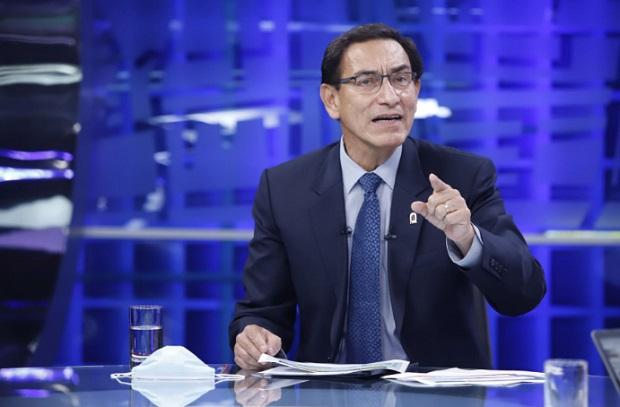 Expresidente Vizcarra busca dilatar denuncias constitucionales, señala congresista Ochoa