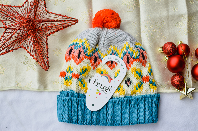 Gift guide for outdoorsy families, Frugi hat