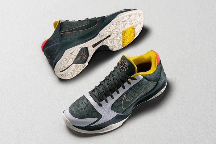 Nike Mamba Week-Kobe Bryant Shoes Girls EYBL