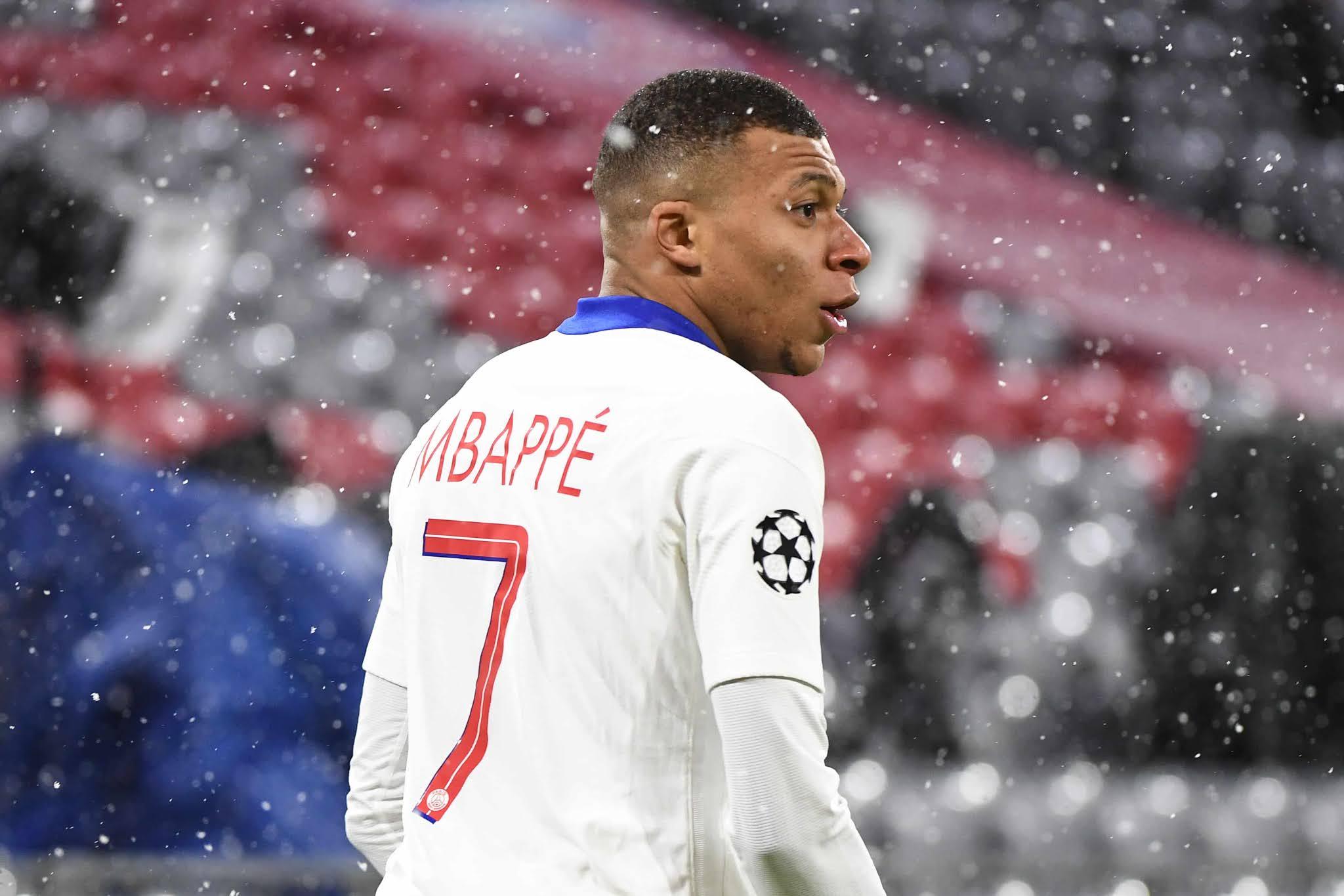El francés Mbappé no renueva en PSG y elegiría al Real Madrid según la prensa española