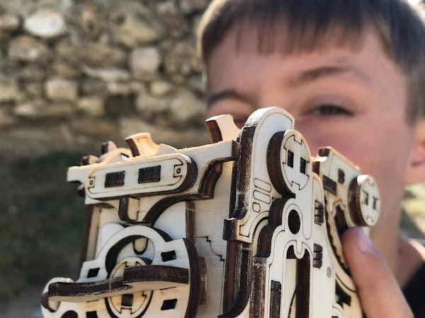 NKD Puzzle : des objets énigmatiques pour le plaisir des yeux et de jouer