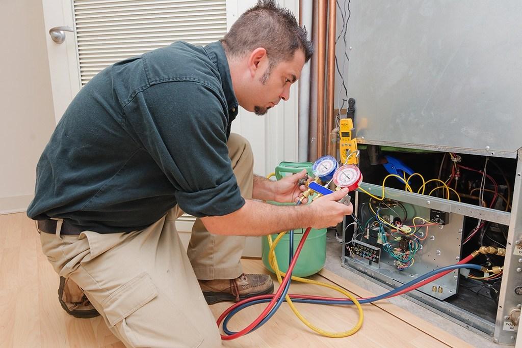 AC Repair Or Replace: A Homeowner's Guide