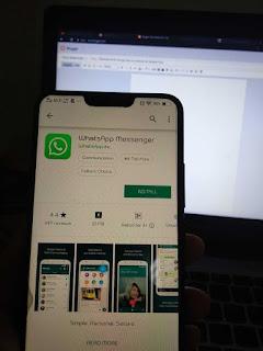 WhatsApp Uji Fitur Berbagi Status ke Facebook dan Instagram Story