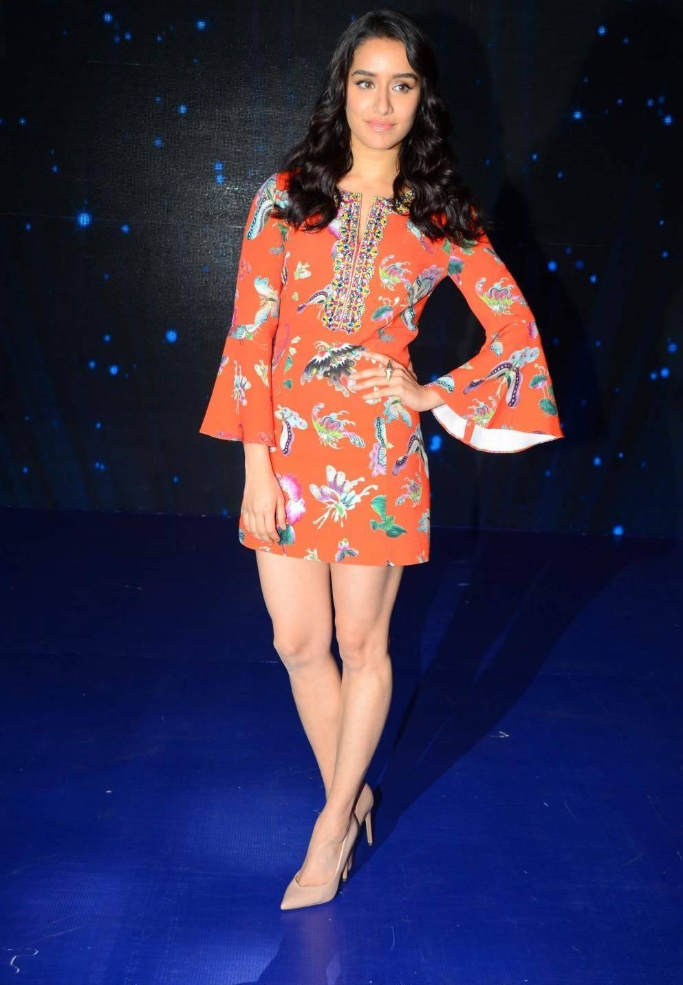 Bollywood Actress Long Legs Thigh Stills Shraddha Kapoor