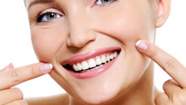 Tips lipstik untuk bibir kering