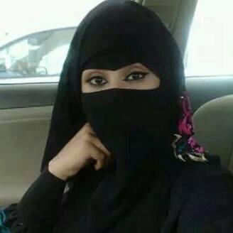 سيدة مطلقة مقيمة فى الخليج ابحث عن زوج ميسور الحال زواج معلن