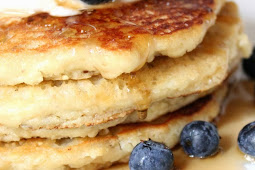 Low-Carb, Gluten-Free Almond Pancakes