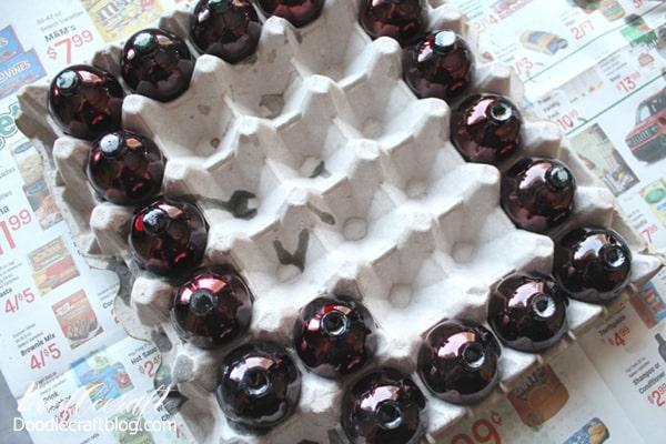 Retro Craft: Vintage Resin Lucite Grapes DIY