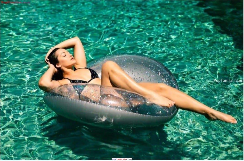 Dani Daniels sexy Bikini Photos