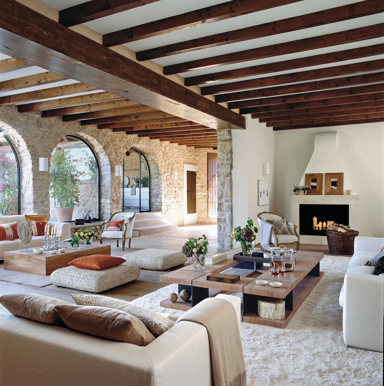 Colonial Kitchen And Great Room Addition: CASA TRÈS CHIC: CASA DE FAZENDA EM MAIORCA