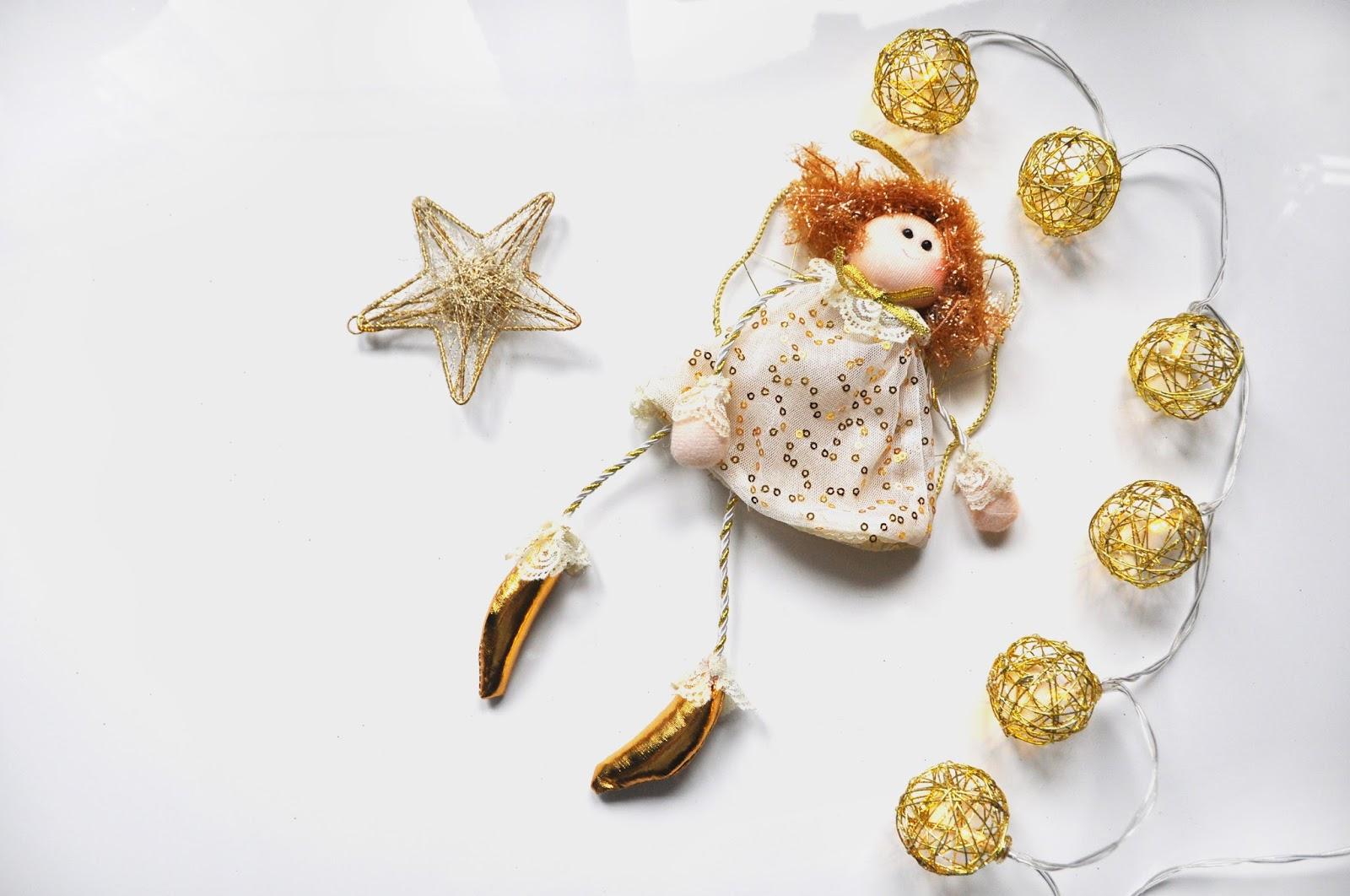 Świąteczny aniołek lalka