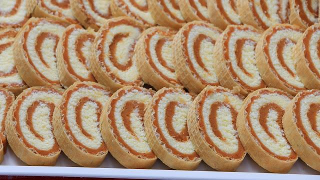 rolat-od-oblande-karamel-keks-kokos