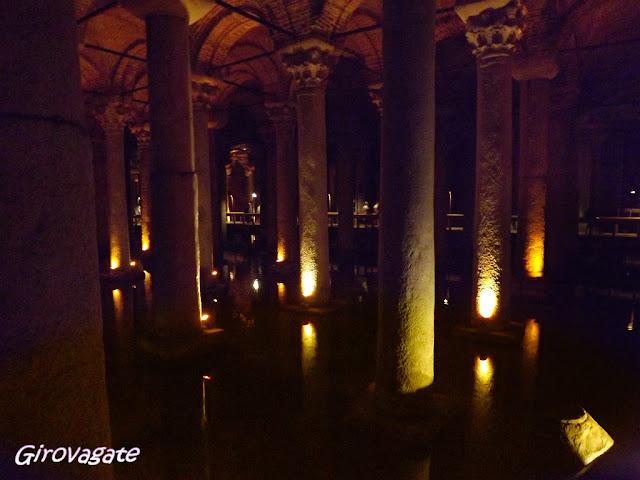 Cisterna acqua sotterranea Istanbul