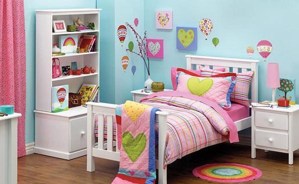 Bilik Tidur Anak Perempuan Kembar