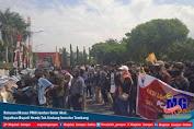 Ratusan Massa PMII Jember Gelar Aksi, Ingatkan Bupati Hendy Tak Undang Investor Tambang