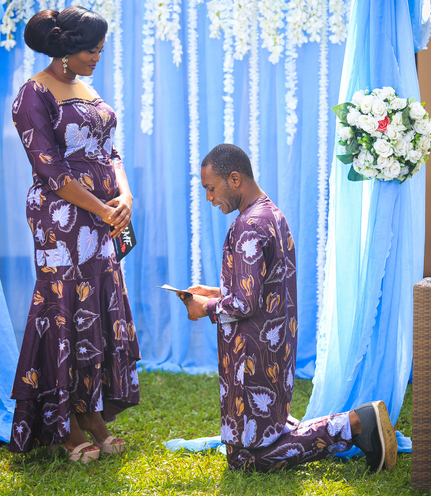 Husband-knelt-before-his-wife-to-renew-their-wows-on-Make-Me-Fabulous