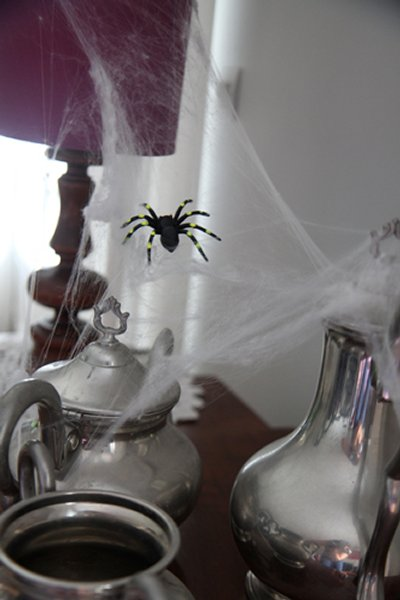 Top 20 Easy and Fun Halloween Home Decoration Ideas 9