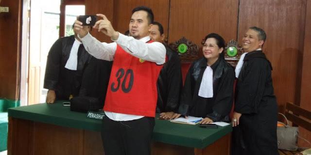 KPK Tetapkan Kakak Saipul Jamil Jadi Tersangka Kasus Suap Vonis Adiknya