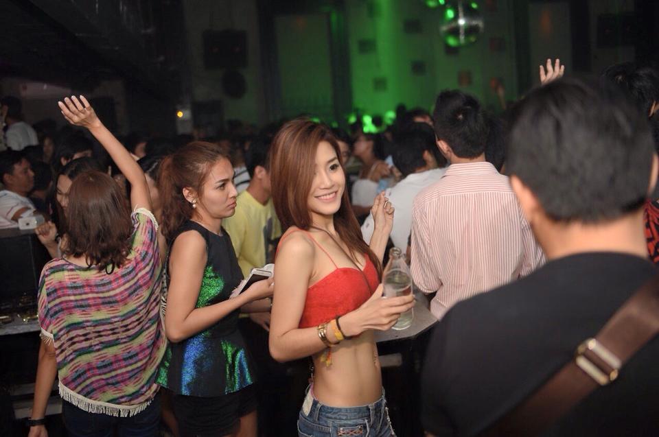 Pattaya devils den VIP Full