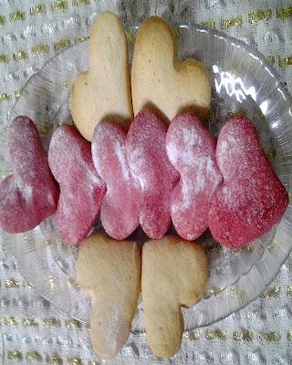 kalp kurabiye sevgililer günü